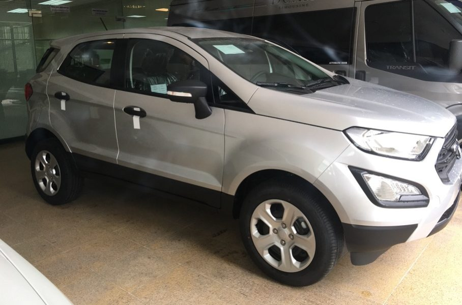 Thân Xe Ford Ecosport Ambiente MT