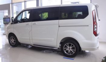 Ford Tourneo Titanium full